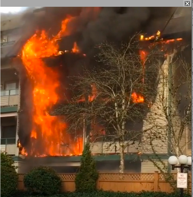 Flat-Roof Fires in Three- to Six-Story Apartment Buildings